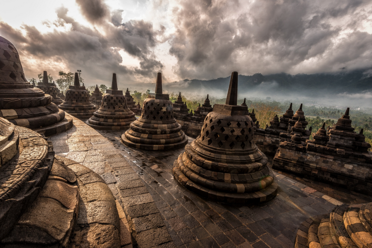 © Dale Johnson https://500px.com/photo/100218769/borobudur-by-dale-johnson